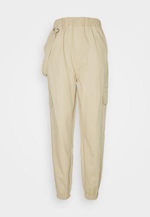 RING STRAP CARGO PANT - Pantaloni cargo - beige