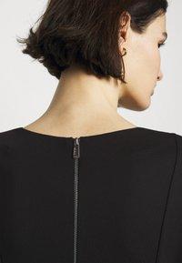 HUGO - DIAMANDA - Sukienka z dżerseju - black - 5