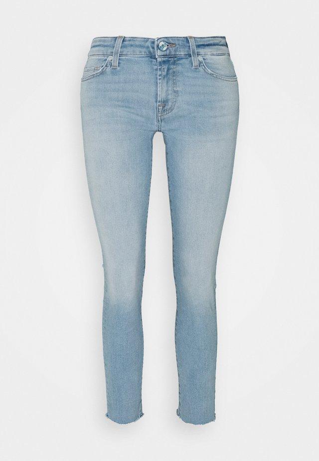 PYPER CROP ILLUSION SWEET - Jeans Skinny Fit - light blue
