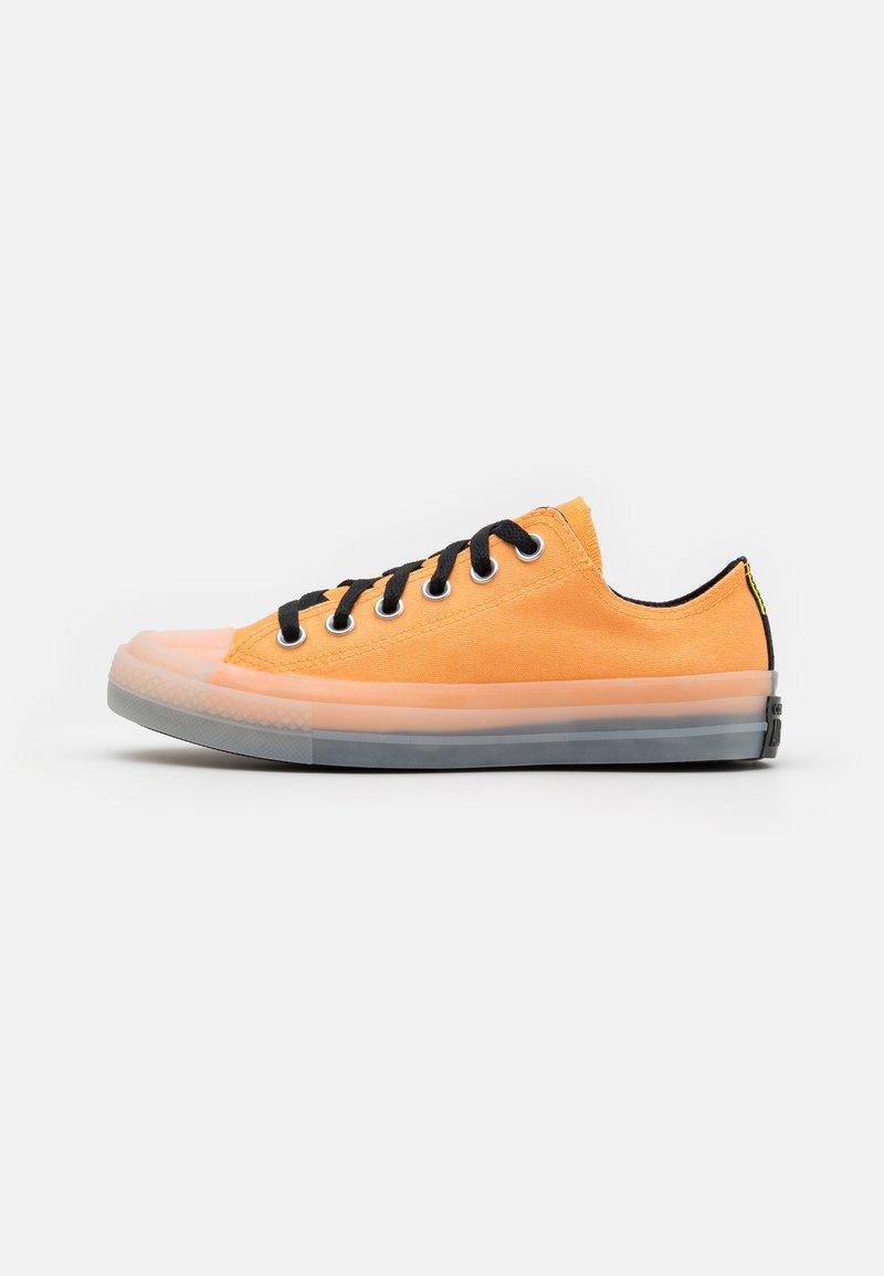 Converse - CHUCK TAYLOR ALL STAR UNISEX - Sneakers alte - flash orange/black/lemon