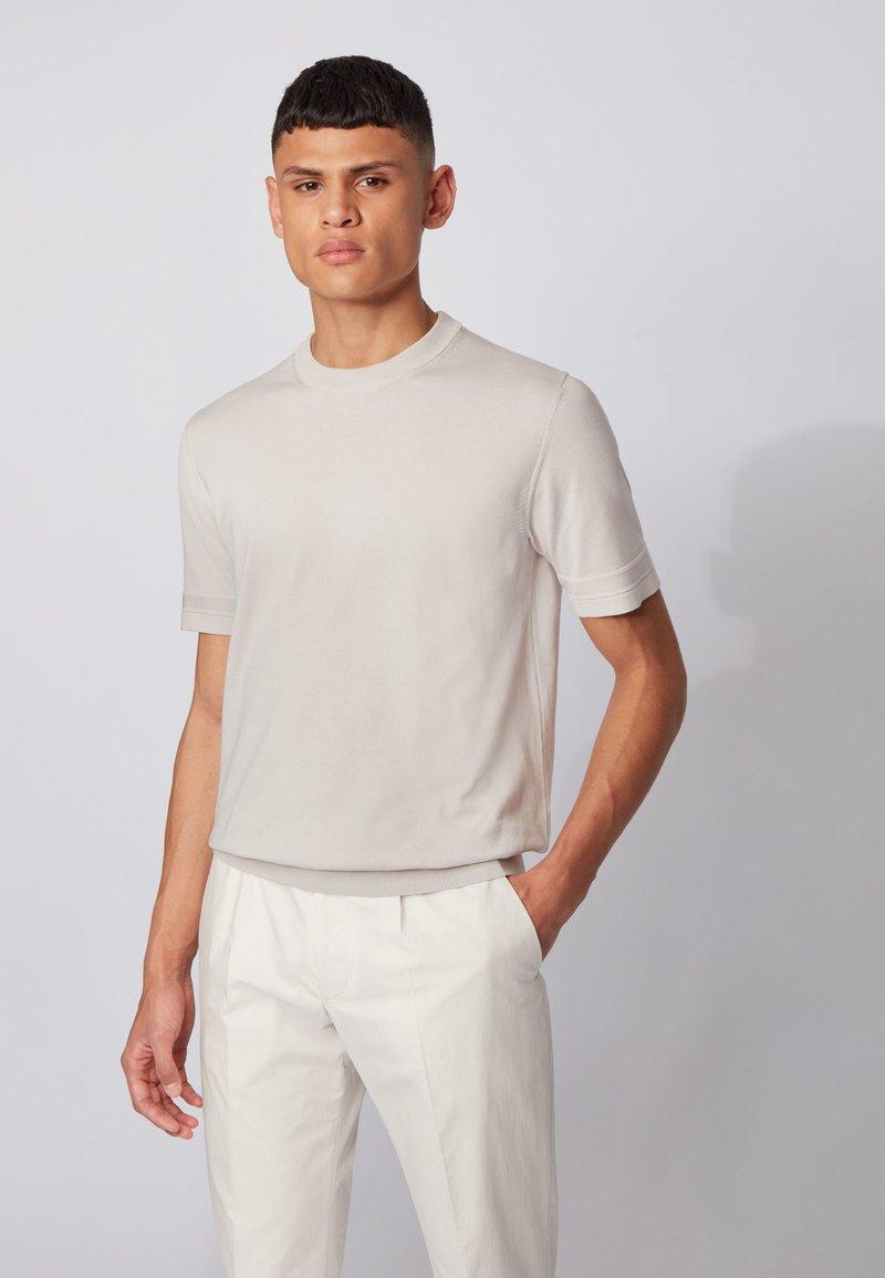BOSS - IMATTEO - T-Shirt basic - natural