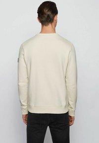 BOSS - WALKUP - Sweatshirt - light beige - 2