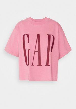 BOXY CROP TEE - Print T-shirt - rosetta