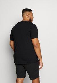 Jack & Jones - JCOALEX TEE CREW NECK - Basic T-shirt - black - 2