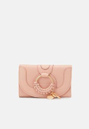 Peněženka - fallow pink
