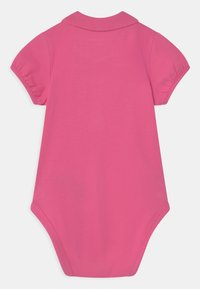 Guess - STRETCH - Baby gifts - pop pink - 1