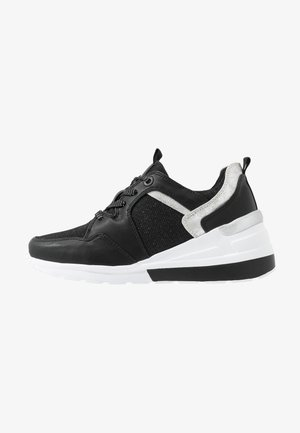 MELANIA - Sneakers laag - black