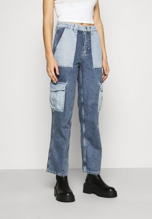 SKATE PATCHWORK - Relaxed fit jeans - blue