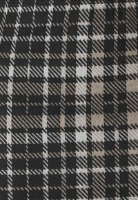 JDY - JDYCALLE SHORT PENCIL SKIRT - Mini skirt - black/silver mink /white - 2
