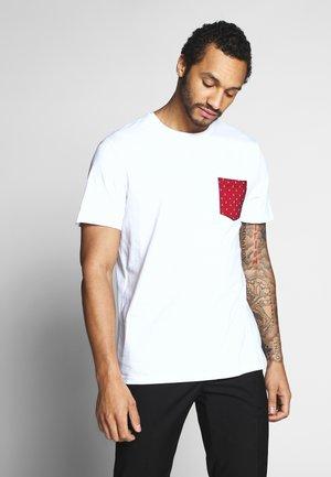ONSNOVICE TEE - Print T-shirt - white