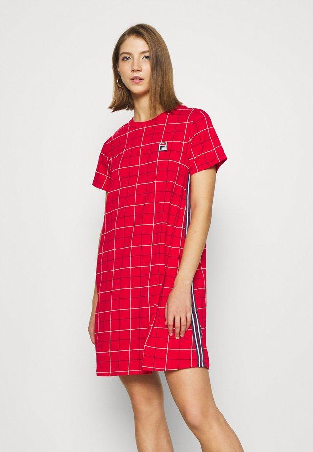 WINONA AOP TEE DRESS - Shirt dress - true red