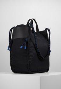 Sandqvist - ASTRID - Tote bag - black - 3