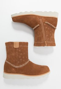 Clarks - CROWN PIPER - Classic ankle boots - tan - 0