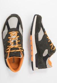 Timberland - FIELD TREKKER - Sneaker low - dark green - 1