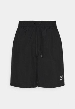CLASSICS LOGO SHORTS - Shorts - black