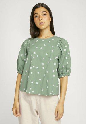 Blouse - green dot print