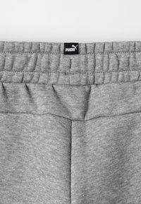 Puma - ESS LOGO SWEAT PANTS FL CL B - Pantalon de survêtement - medium gray heather - 4