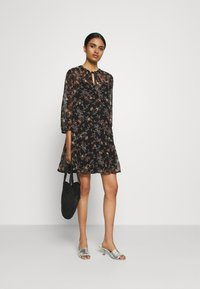 Vero Moda - VMWONDA TUNIC - Day dress - black/tini - 1