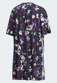 adidas Originals - BELLISTA SPORTS INSPIRED LOOSE DRESS - Sukienka z dżerseju - multicolor - 12