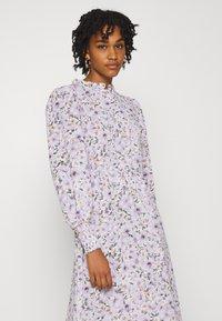 ONLY - ONLTAMARA LONG FLOWER DRESS - Denní šaty - white - 3