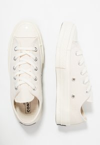 Converse - CHUCK TAYLOR ALL STAR 70 OX - Trainers - mono natural - 1