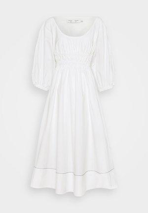 FULL SLEEVE DRESS - Vapaa-ajan mekko - white