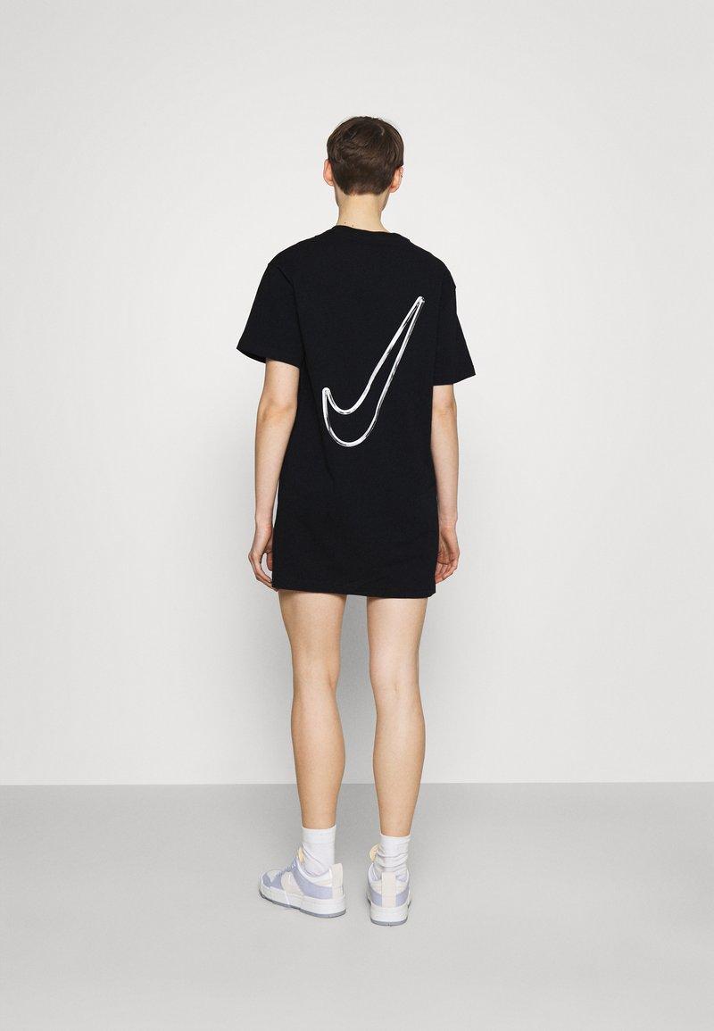 Nike Sportswear - Vestido ligero - black