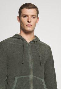 Marc O'Polo - Zip-up hoodie - mangrove - 4