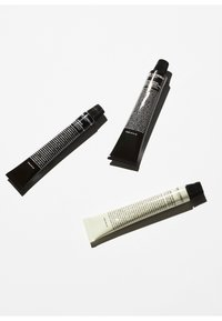 Grown Alchemist - AMENITY KIT - Kit skincare - - - 2