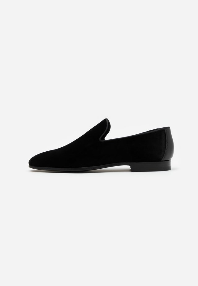 TOX  - Smart slip-ons - black