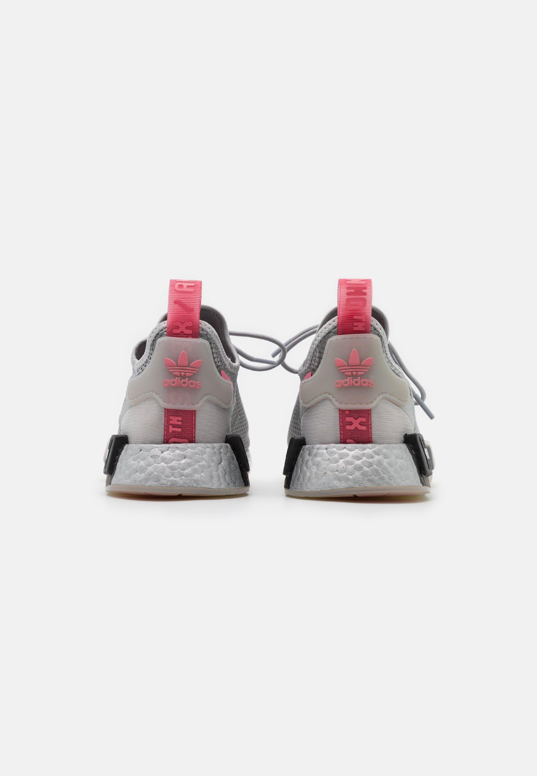 Femme NMD_R1 SPEEDLINES BOOST SHOES - Baskets basses - grey two/haze rose/core black