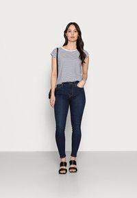 Tommy Hilfiger - Jeans Skinny Fit - dark-blue denim - 1