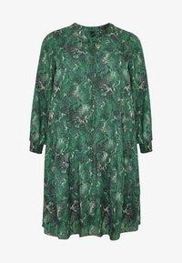 Yoek - Day dress - green - 3