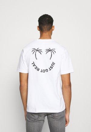 TUBOLAR - Print T-shirt - white