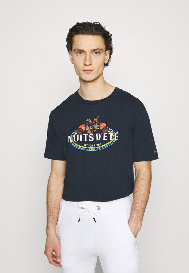 ARTWORK  - Print T-shirt - night