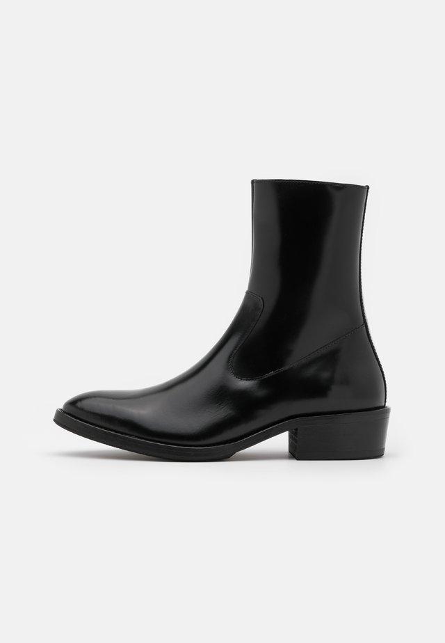 BERLING - Støvletter - black