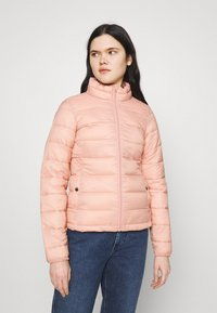 ONLY - ONLSANDIE QUILTED JACKET  - Light jacket - misty rose - 0