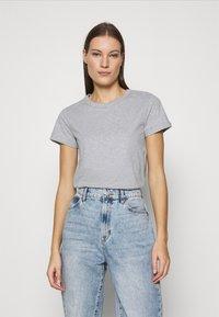 esmé studios - SIGNE - Basic T-shirt - grey melange - 0