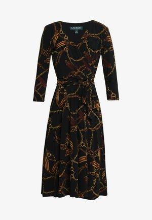 PRINTED MATTE DRESS - Jerseykleid - black/gold/multi