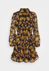 Pieces Petite - PCTHILDE DRESS - Shirt dress - black - 6