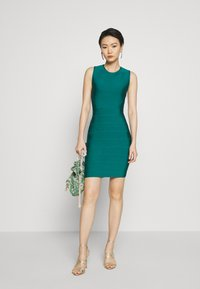 Hervé Léger - NEW ICON DRESS - Shift dress - capri - 1