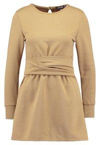 Missguided Petite - TIE WAIST DRESS - Freizeitkleid - khaki - 0