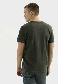 camel active - Basic T-shirt - leaf green - 2