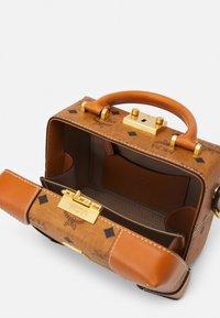 MCM - SOFT BERLIN VISETOS CROSSBODY SMALL - Across body bag - cognac - 2