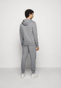 HUGO - DARATSCHI - Hoodie - medium grey - 2