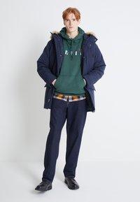 Levi's® - WOODSIDE LONG UTILITY  - Winter coat - nightwatch blue - 1
