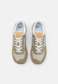 New Balance - 574 UNISEX - Trainers - brown - 3
