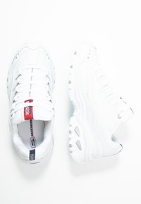 Skechers Wide Fit - WIDE FIT ENERGY - Trainers - white - 3
