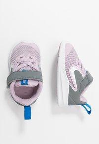 Nike Performance - DOWNSHIFTER - Obuwie do biegania treningowe - iced lilac/white/smoke grey/soar - 0
