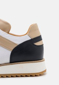 By Malene Birger - LOULA - Trainers - marzipan - 6